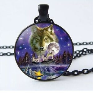 Jewelry - Wolf 🐺 necklace